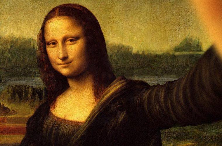 In Classicool anche la Gioconda non resiste a farsi un selfie