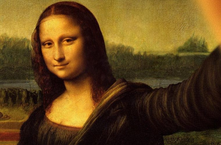 In Classicool even the Mona Lisa is not resistant to selfie
