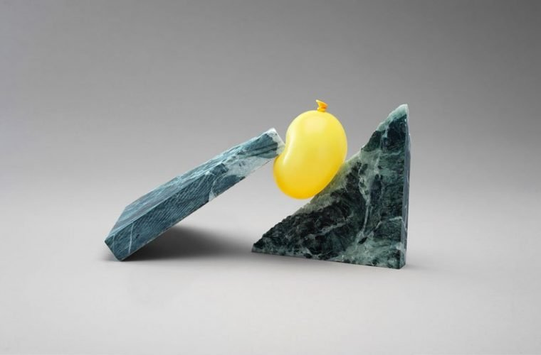Air, il progetto di Daniel Forero fatto di palloncini