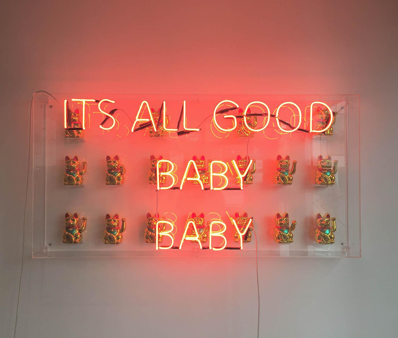 Dillo con un neon, le installazioni di Eve De Haan | Collater.al