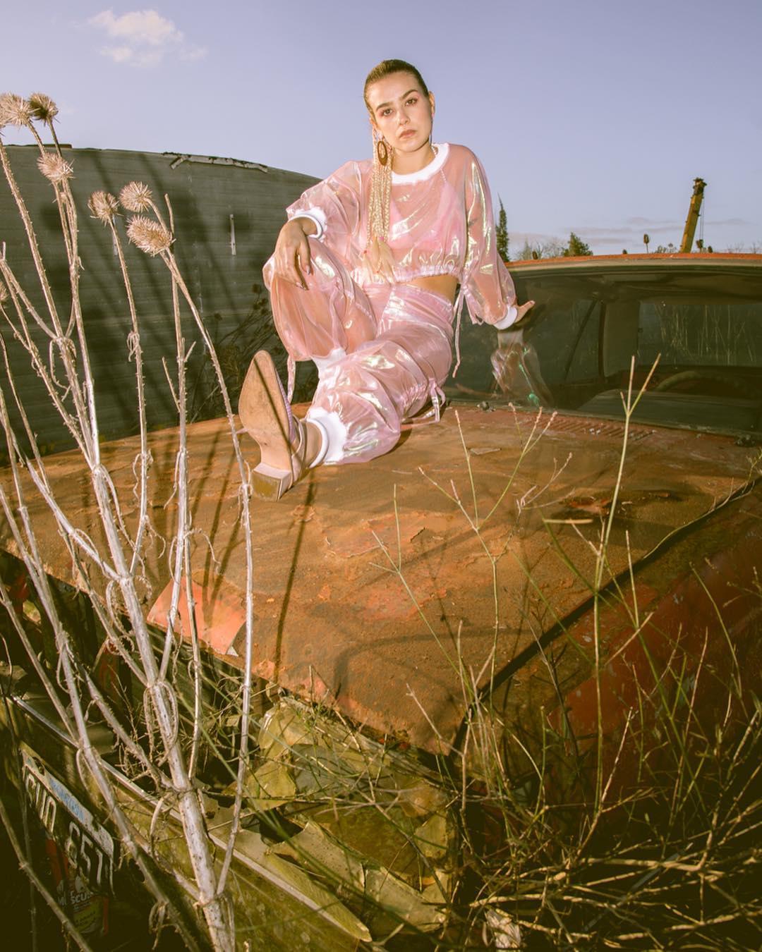 I coloratissimi racconti di moda di Violeta Morano | Collater.al 6