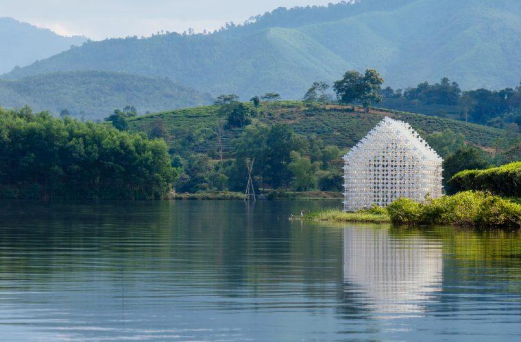 Module+, una casa formata da 2000 pezzi di legno dove riscoprire la natura