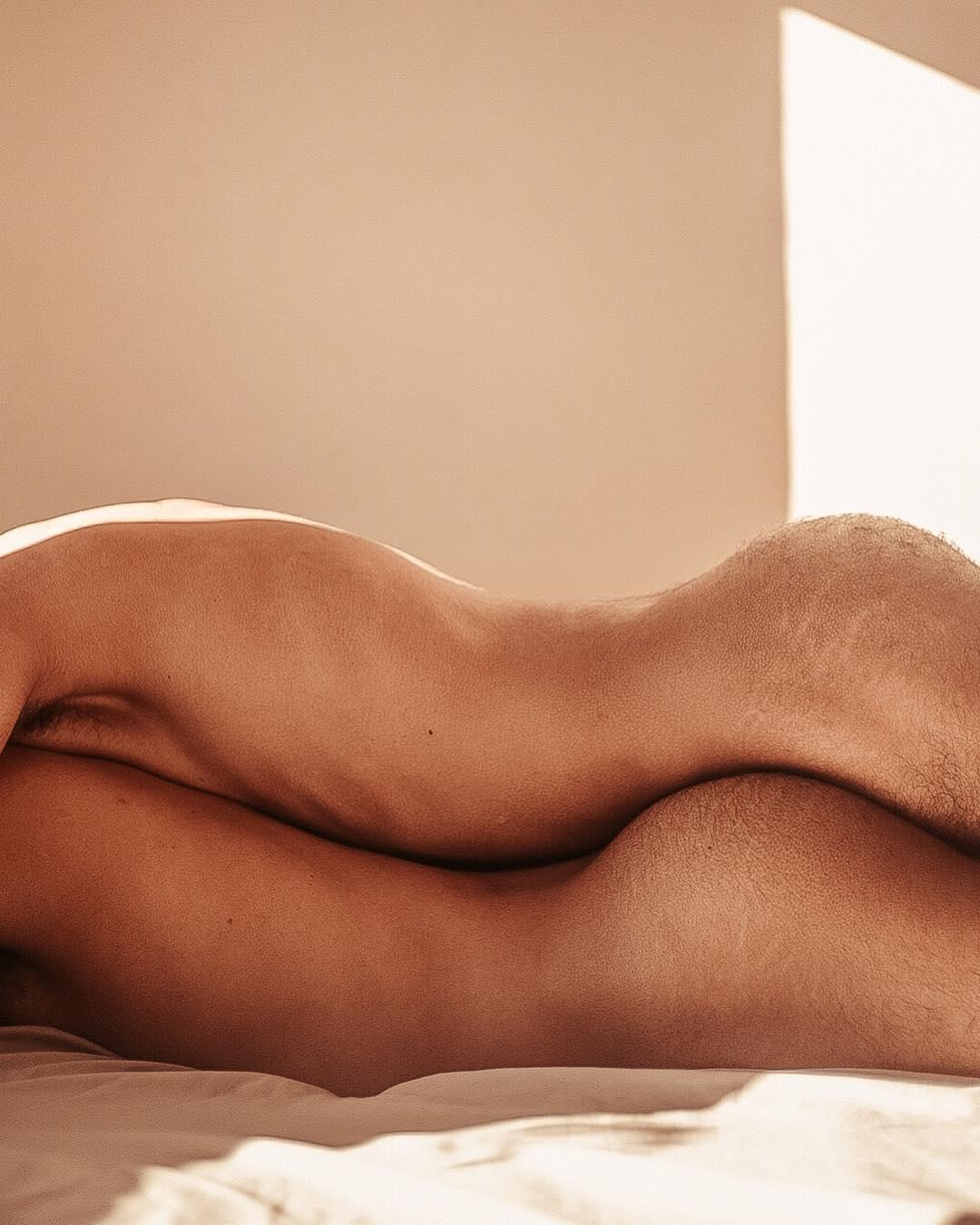 Non solo corpi, gli scatti di Junior Rony Hernandes | Collater.al