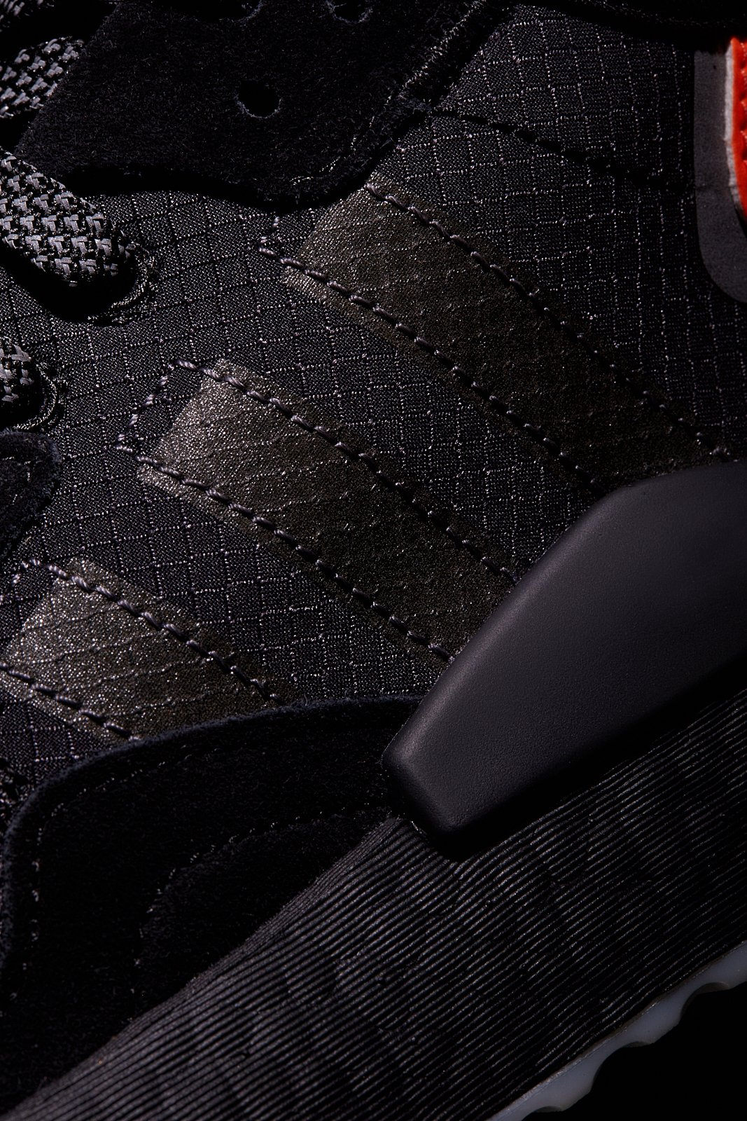 adidas Originals rilancia le storiche NITE JOGGER | Collater.al 10