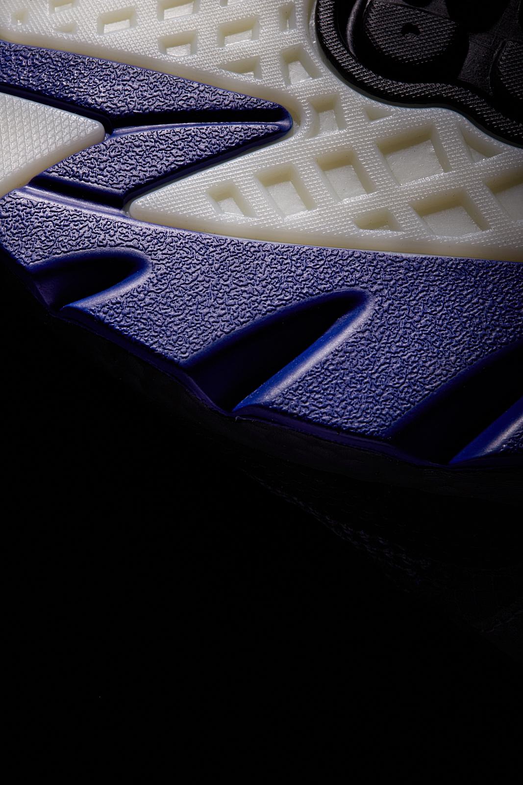 adidas Originals rilancia le storiche NITE JOGGER | Collater.al 8