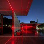 Geometry of Light, una griglia di laser rossi firmata MAS Studio | Collater.al 9
