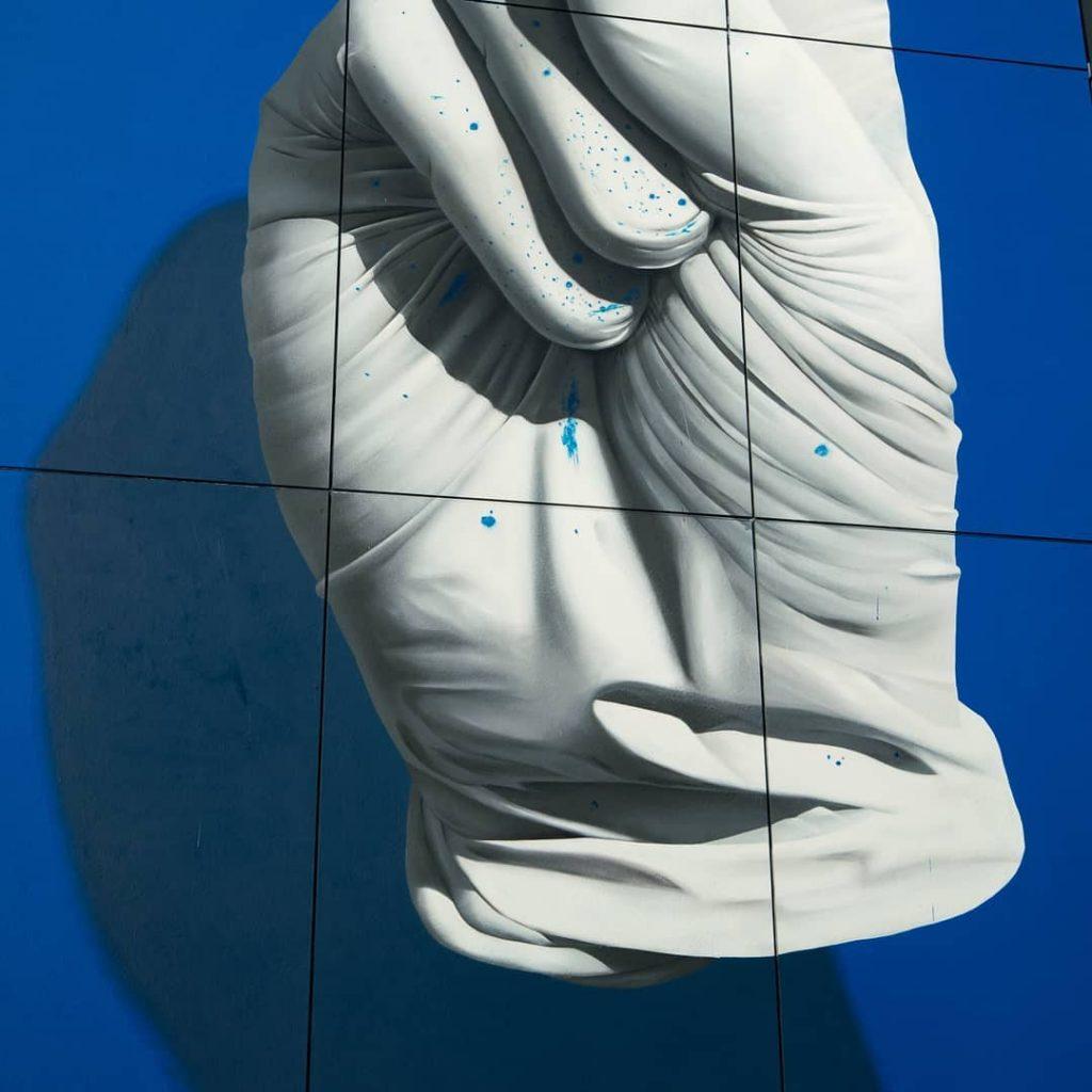 Nuno Viegas Glove II | Collater.al
