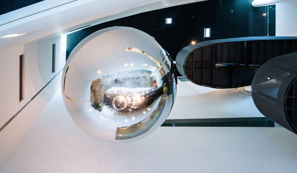 Orbital Reflector di Trevor Paglen: prima scultura nello spazio | Collater.al