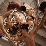 Rob Woodcox sfida la forza di gravità nelle sue immagini | Collater.al 12