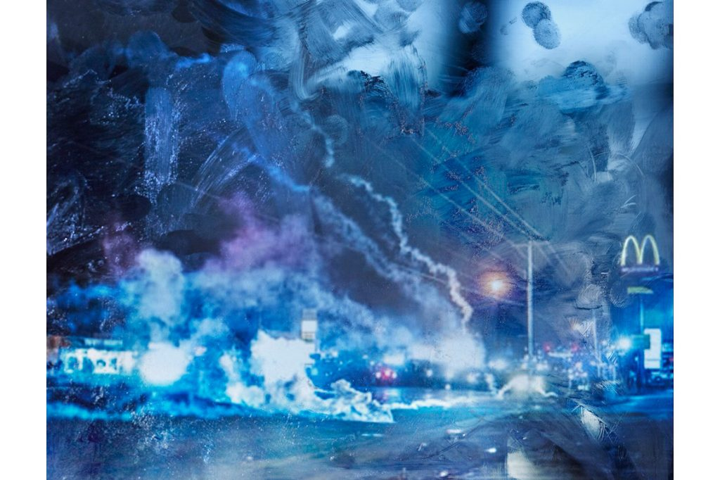 Surface Tension, impronte digitali nella mostra di Tabitha Soren   Collater.al