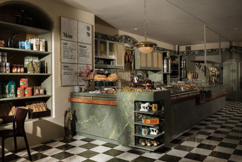 La Tana, dove il lusso italiano invade un negozio di alimentari