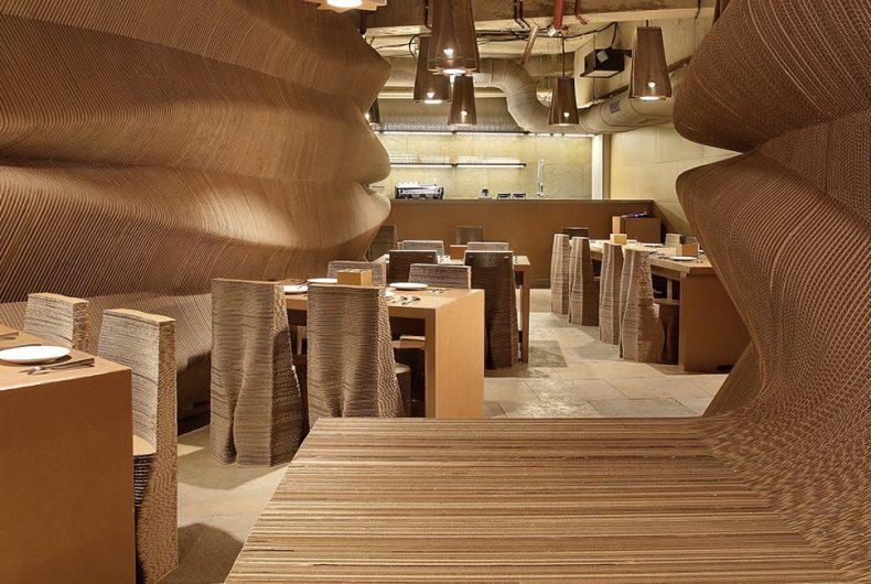 Cardboard, un ristorante interamente costruito in cartone