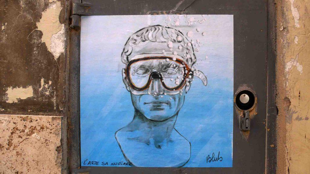 Larte sa nuotare e la street art di Bulb   Collater.al