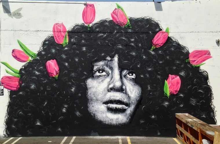 Nils Westergard realizza murales iperrealistici
