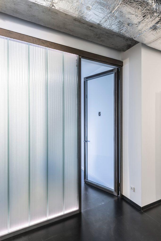 Studio Karhard- dal Berghain al The Urban Dentist | Collater.al  8