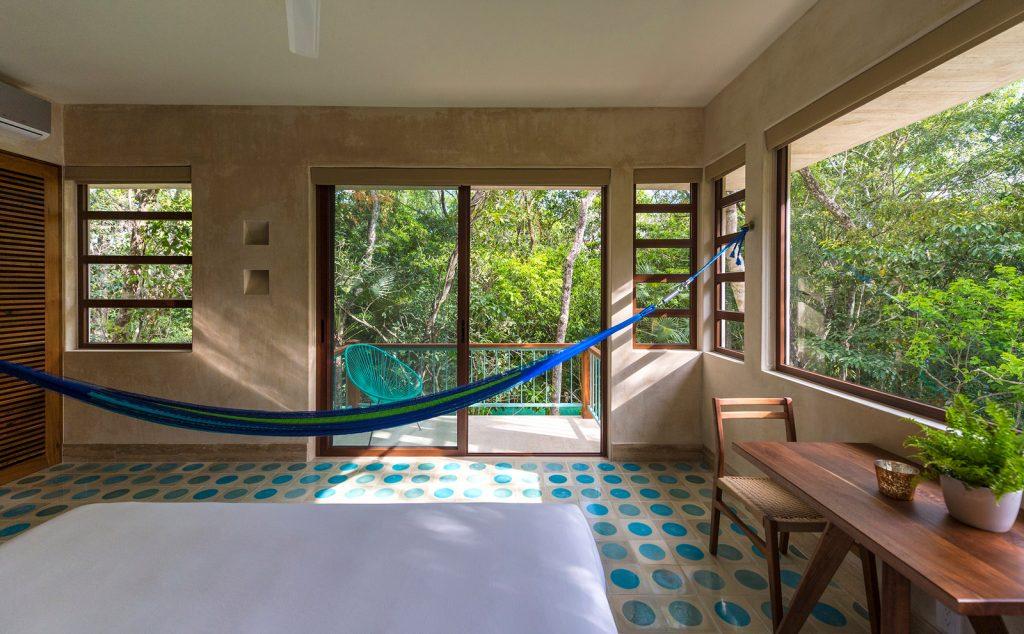 Tiki Tiki Hotel, lo stile Art déco diventa esotico | Collater.al