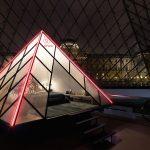 Airbnb ti fa dormire nella piramide del Louvre | Collater.al