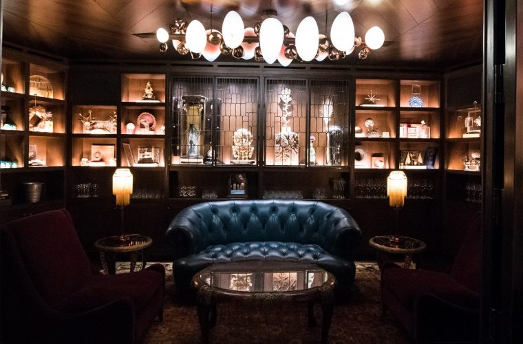 The Deep Dive, the bar in the heart of Seattle that looks like a speakeasy