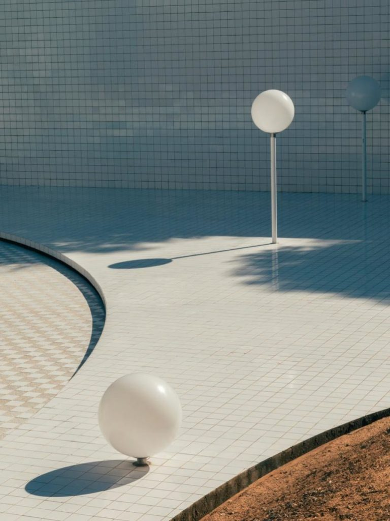 Domestic Pools, le più belle piscine private del secolo scorso | Collater.al