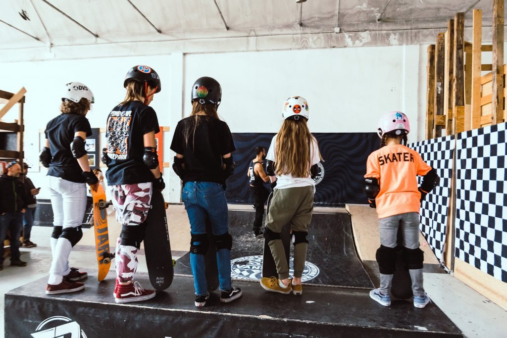 Get On Board Girls Skate Camp Vans | Collater.al