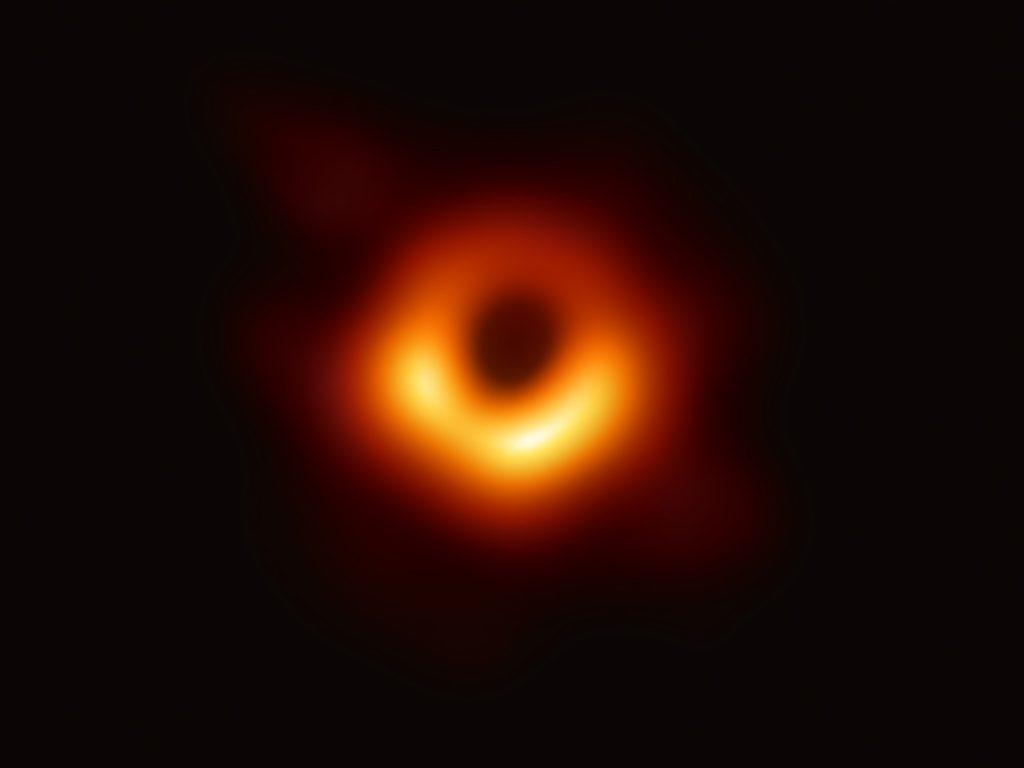 Il Buco Nero, ecco come ce lo eravamo immaginato | Collater.al