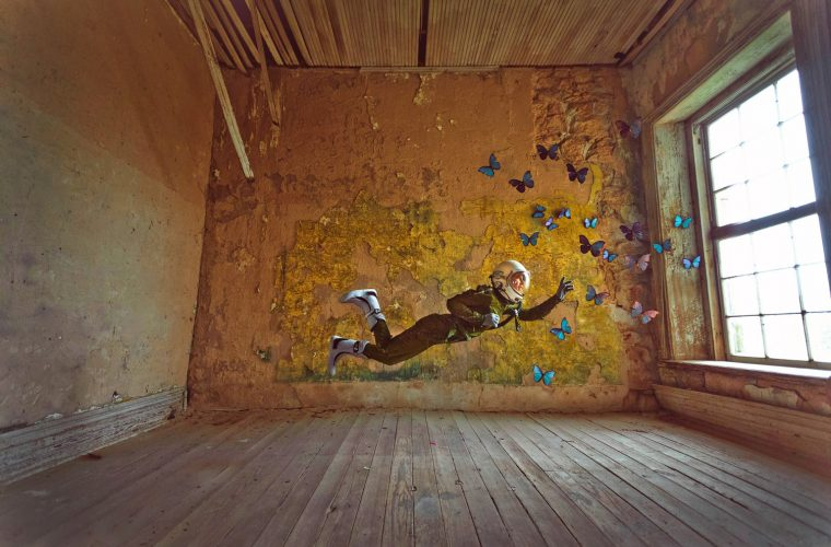 Lonely Astronaut, la solitudine nelle fotografie di Karen Jerzyk