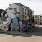 Mohamed L'Ghacham, le foto di famiglia diventano murales | Collater.al 1