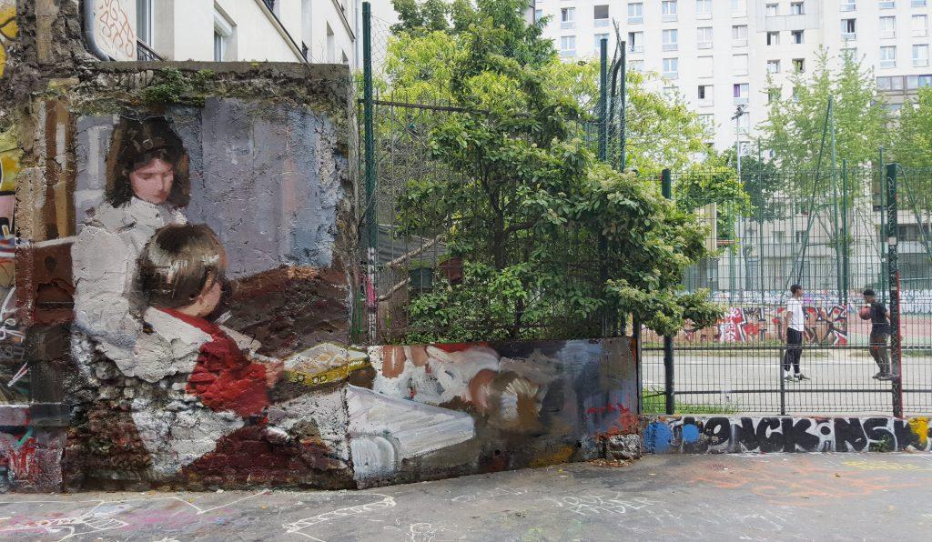 Mohamed L'Ghacham, le foto di famiglia diventano murales | Collater.al