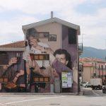 Mohamed L'Ghacham, le foto di famiglia diventano murales | Collater.al. 8