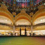 Una rete neon per la Galeries Lafayette Haussmann a Parigi | Collater.al 1