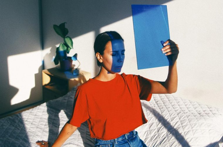 Delfina Carmona, la fotografia che gioca con le ombre