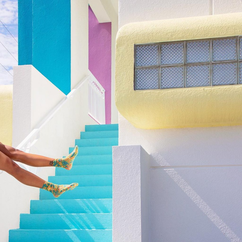 Forrest Aguar, colours and geometries merge | Collater.al