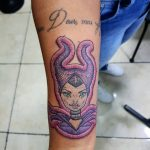 I tatuaggi di Duda sembrano delle toppe cucite sulla pelle | Collater.al 6