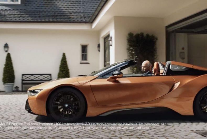 Il CEO di Mercedes va in pensione e BMW lo omaggia con uno spot ironico