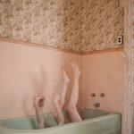 Kimber Beck, immagini NSFW sensuali e delicate | Collater.al 16