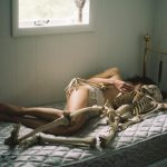 Kimber Beck, immagini NSFW sensuali e delicate | Collater.al 7
