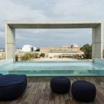 La casa moderna con piscina firmara Architrend Architecture | Collater.al 15