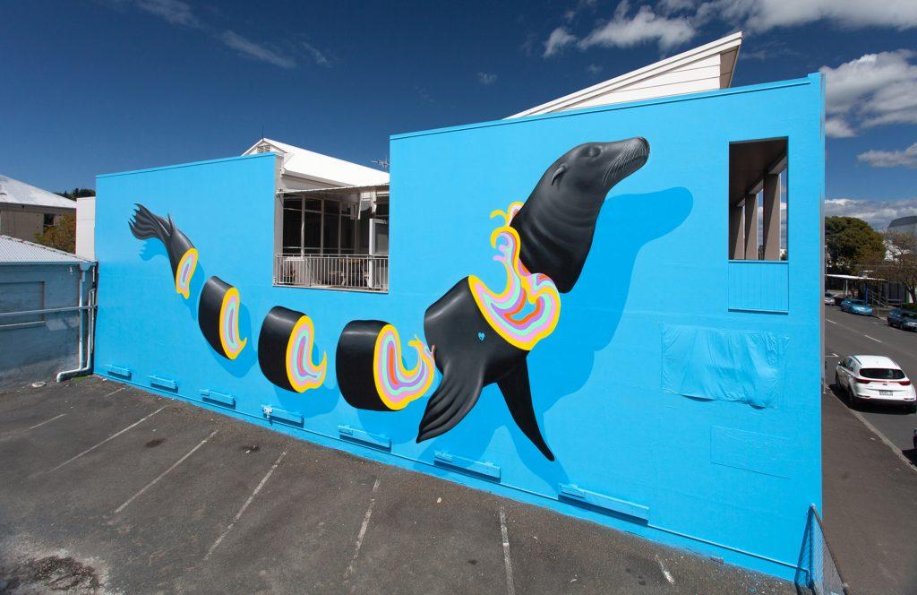 La street art a strati e multicolore di Gina Kiel | Collater.al