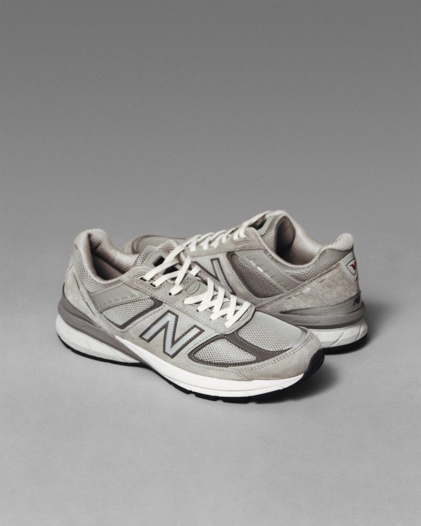 New Balance 990v5 | Collater.al