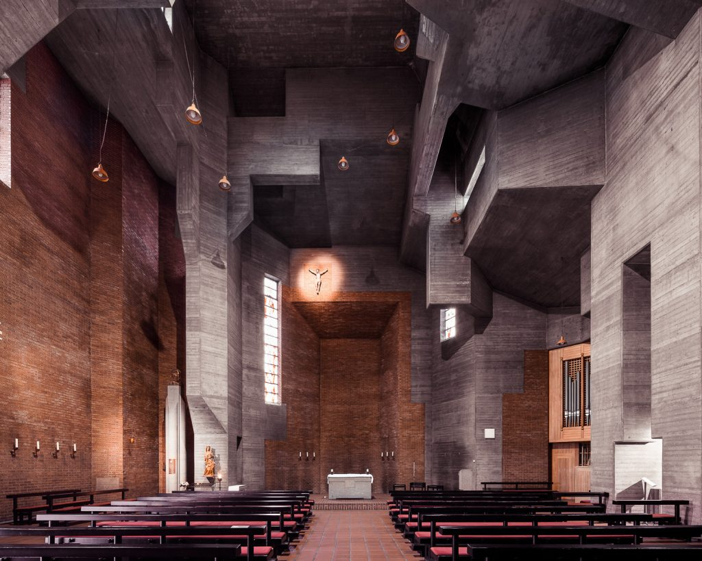 Sacred Spaces | Collater.al