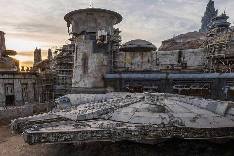 Find out how the Star Wars: Galaxy's Edge will be!