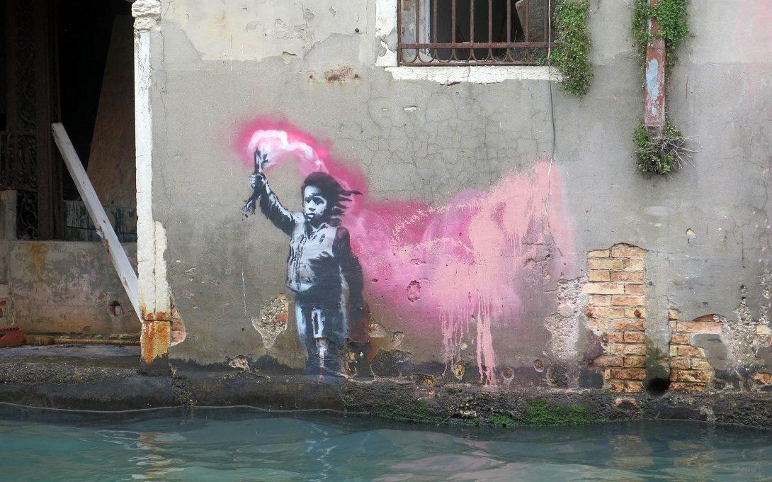 Una presunta opera di Banksy spunta a Venezia