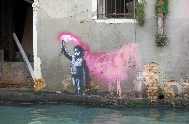 An alleged work of Banksy appears in Venice