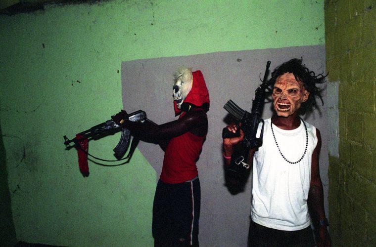 L'essenza della street photography: tutti i demoni di Boogie