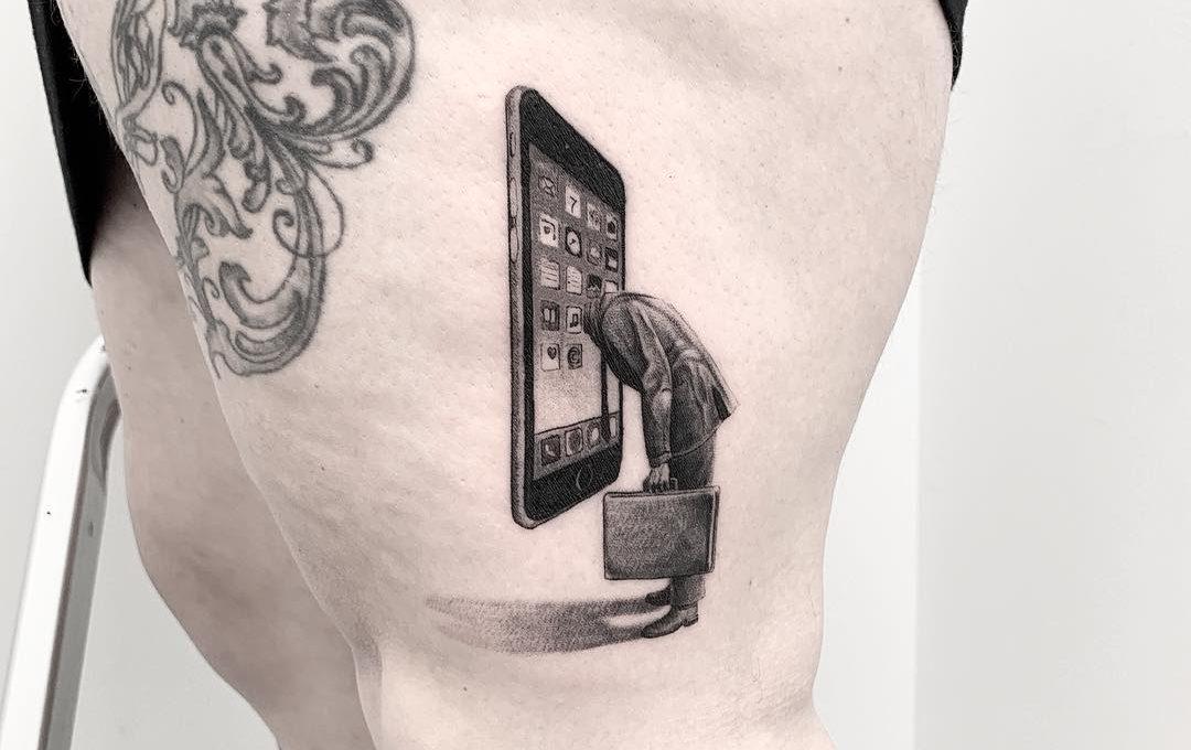 Il Surrealismo nei tatuaggi di Snuffy
