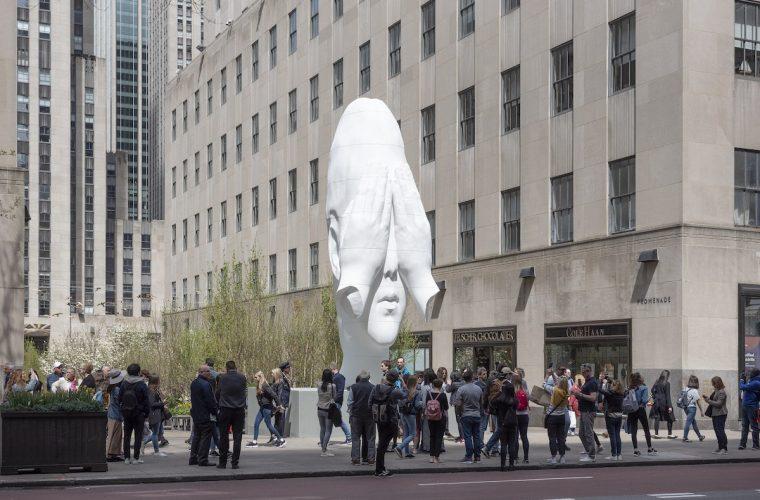 Behind the Walls, la scultura che ci attira ma non si svela
