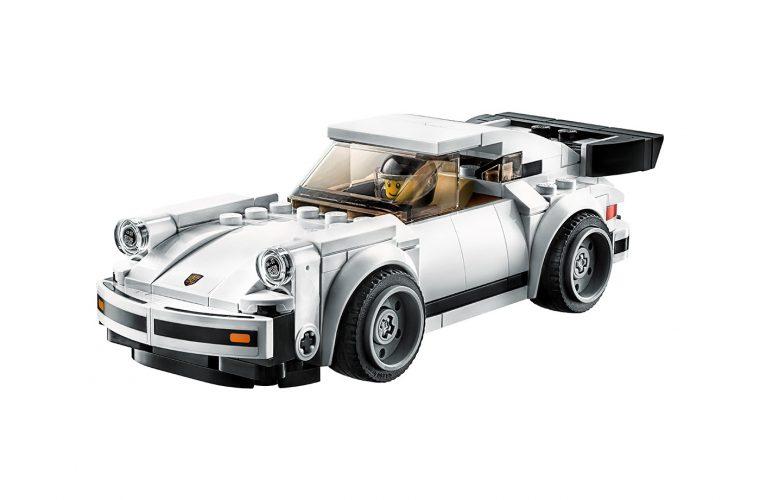 LEGO ricostruisce l'iconica Porsche 911 Turbo 3.0 1974