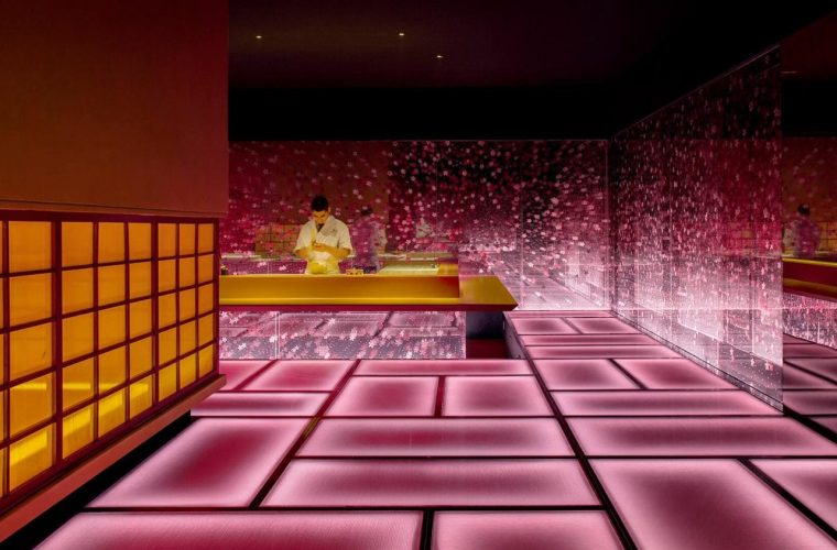 Okamase, the restaurant that combines Zen culture and virtual reality