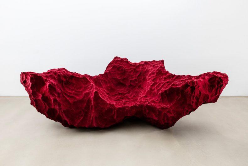 Species, i divani che sembrano rocce di Fredrikson Stallard