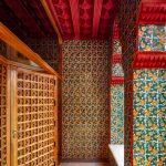 Un-passo-allinterno-dell'eclettica-Casa-Vicens-di-Gaudí-Collateral-4